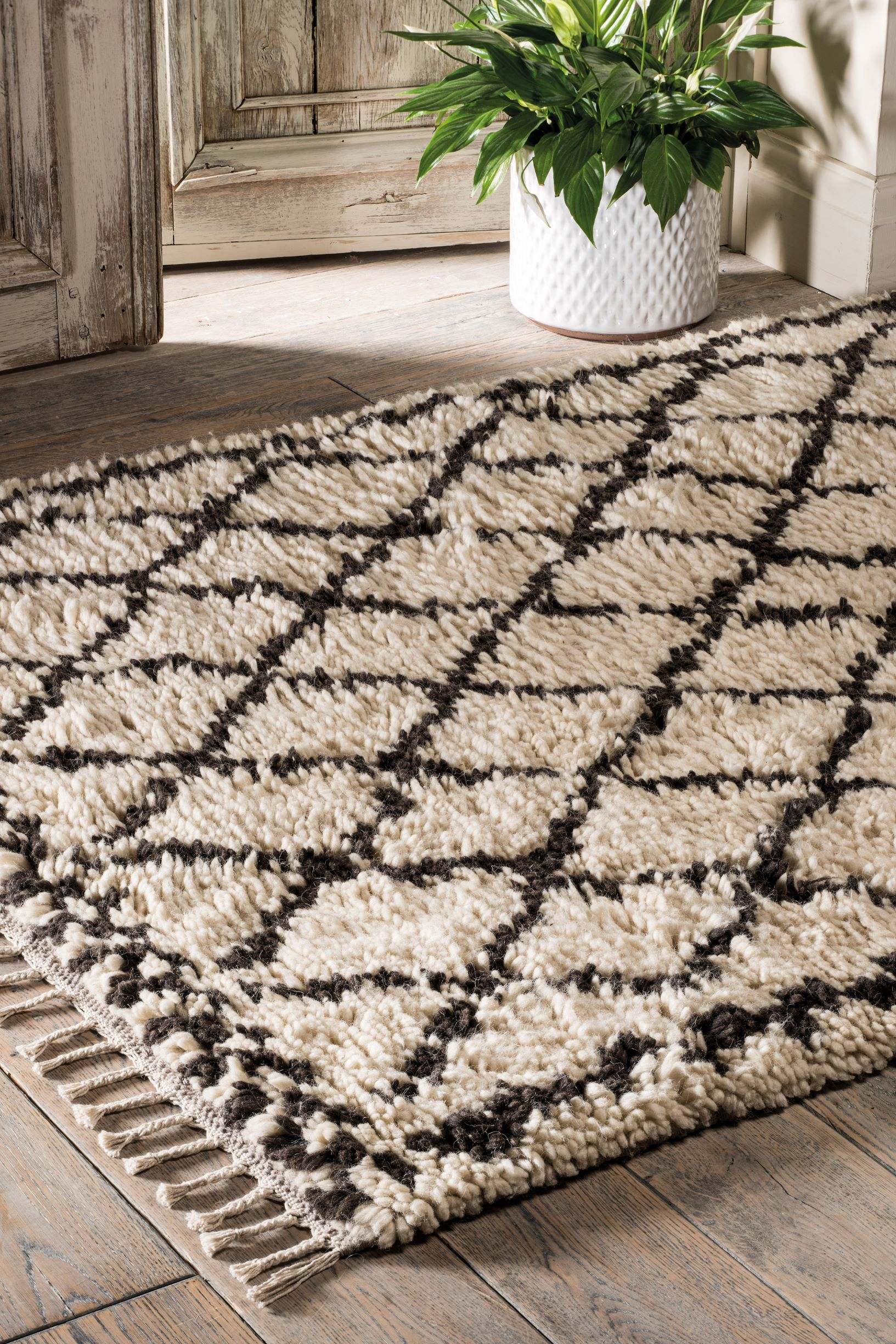 The Home Furnishings Company Marrakech Handwoven Cream Shaggy Rug