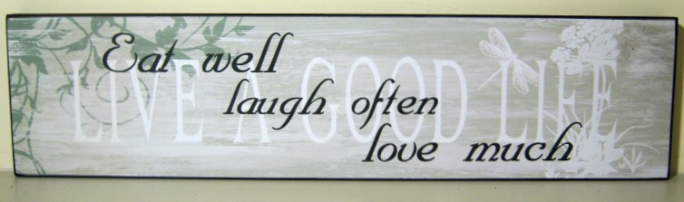 The Home Furnishings Company VINTAGE STLYE WOODEN  WALL PLAQUE/HANGING SIGN 'Eat well laugh often love much''