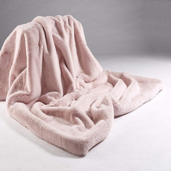 The Home Furnishings Company Soft Pink Luxury Faux Fur Throw 140x180 cms