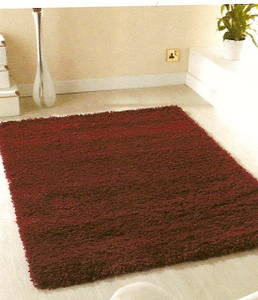 The Home Furnishings Company Red Shaggy Rug 120 x 160 cms.  Easy to Clean