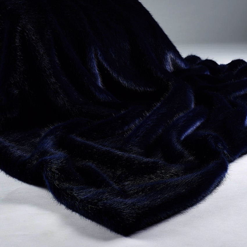 The Home Furnishings Company London Navy Blue Luxury Faux Fur Throw 140x240 cms