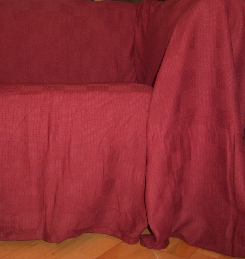 The Home Furnishings Company 100% Cotton Rust Throw 225x250 cms - SPECIAL OFFER £25.00