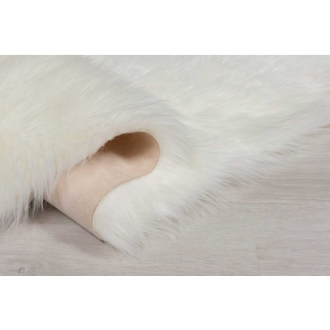 The Home Furnishings Company Ivory Faux Fur Large Rectaungular Rug
