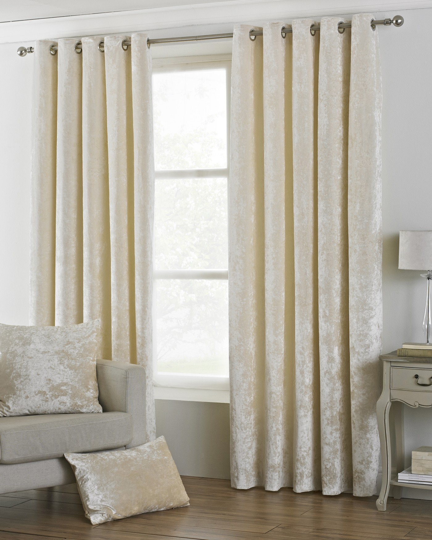 The Home Furnishings Company Verona  Ivory Velvet Curtains/Bedding/Furnishings