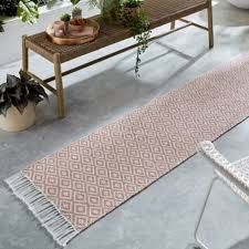 The Home Furnishings Company Black and White Yarn Rugs and Runner