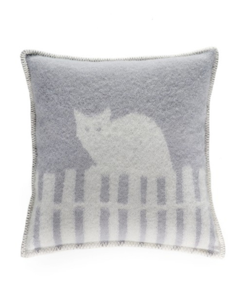 The Home Furnishings Company 100% New Zealand Wool Miau Cat Cushion in grey size 45x45 cms