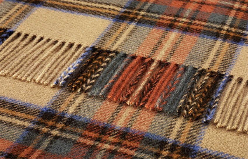 The Home Furnishings Company Pure Wool Antique Dress Stewart Tartan Throw 140x180 cms